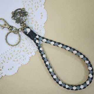 ~ M + Bear ~ vintage braided wire braided wax keychain key ring (four shares edge: black and gray lines)