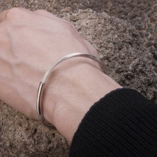 Japanese handmade silver wire twisted sound Couple Bracelet Wristband Find Your Silver Lining // For Love (single)