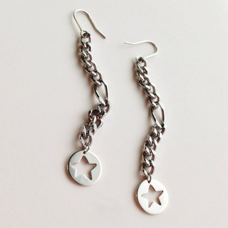 [Order production] earrings / Silver 950 Rokkuteisuto chain: Star motif