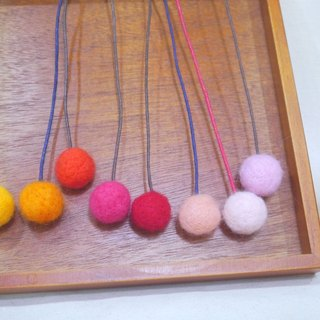 | Wool felt | Bookmarks warm (orange color)