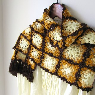Burnt cookies - Hand-crocheted lace shawl / short scarves