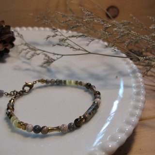 ▲ Wallflower / natural stone bracelet