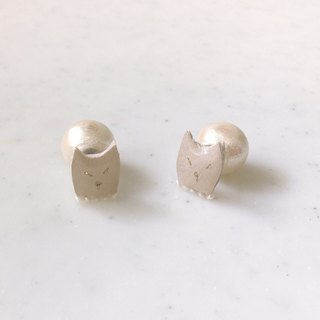 Shironeko earrings Cotton Pearl catch (1 pair) [MTO]