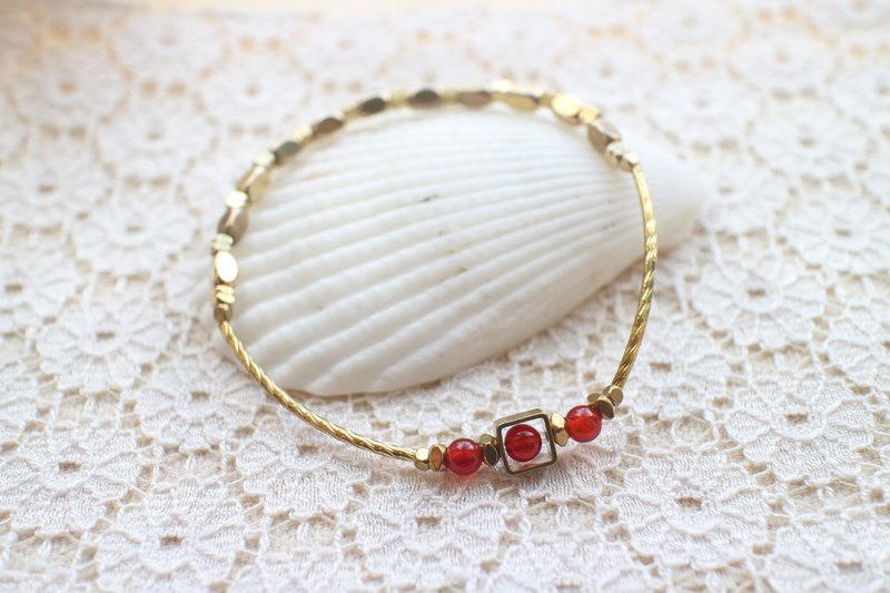Little red bean~Red agate/ brass handmade bracelet