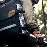 火柴木設計 Matchwood Rider 防水筆電後背包 17吋筆電夾層 黑灰/黑藍/黑迷彩/雪地 後背包