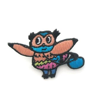 Blue bag owl pin / patch