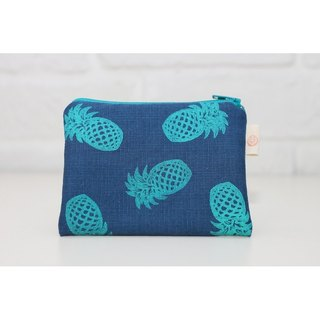 Season series _ pineapple fruit totem blue purse money