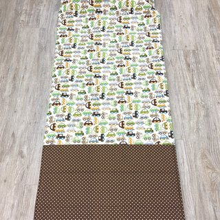 Child sleeping pad - a lot of green car