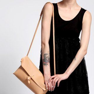 Zemoneni leather fine Lady shoulder bag in Beige color