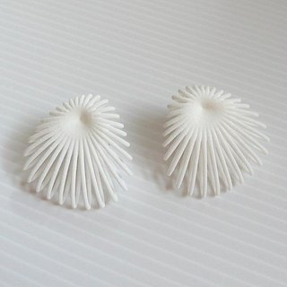 shell white earrings