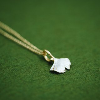 Gingko pendant and chain set - Classic Gingko Leaf - - Gingko jewelry - Autumn