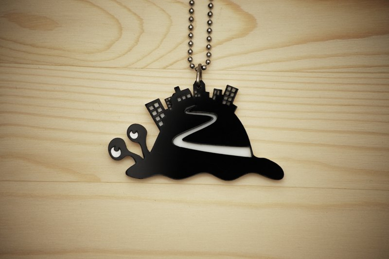 【Peej】'Snail's Pace' Double layered Acrylic key chains/necklaces