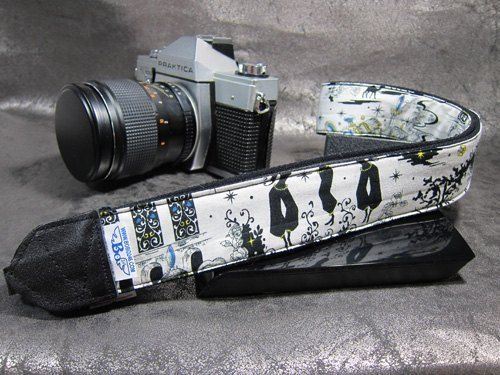 Arabian Nights decompression strap camera strap 乌克丽丽吉 his push bike Camera Strap
