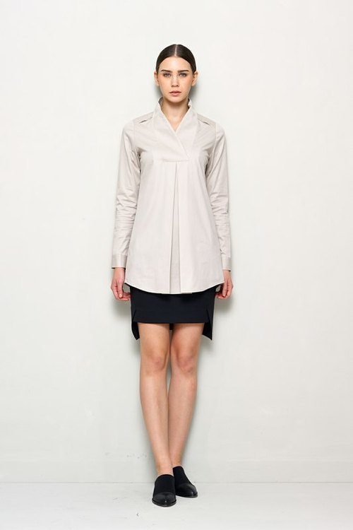 Large collar Long loose T-shirt