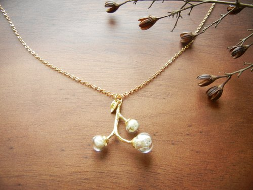 * Coucoubird * small fruit tree branches Necklace - Gold
