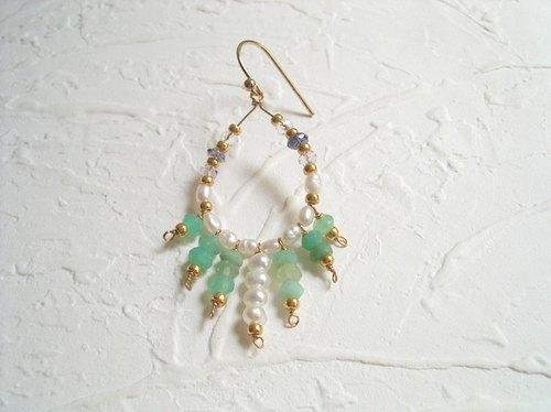 Summer holiday style unilateral pearl emerald earrings