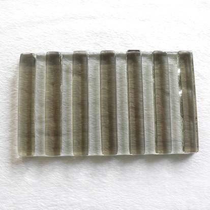 細直紋琉璃皂盤(茶)