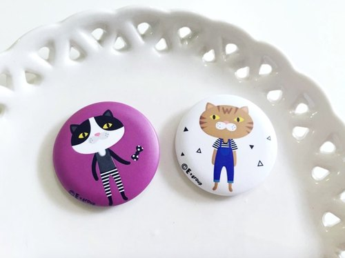 E * group A meow badge (small) 3.2cm (badge pin) cat