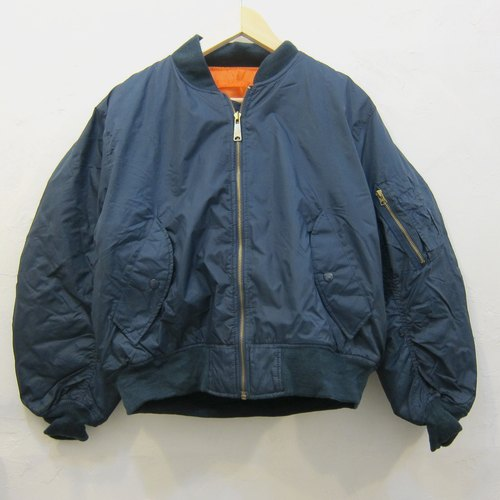 ✵ ✵ Boyhood blue ma-1 flight jacket classic vintage style jacket for men and women both wear neutral section