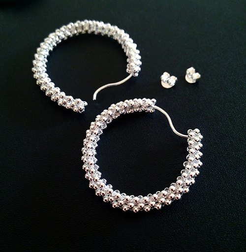 Starry classic style silver earrings beaded circle