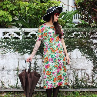 F715 (Vintage) grass green vintage floral short-sleeved dress