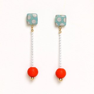 orange hypnosis earrings / earrings