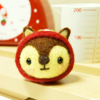 [羊乐多X wool felt] strawberry squirrel mobile phone strap earphone plug