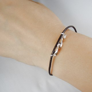 Simple Silver Leather bracelet / gift / Memorial Day / Valentine's Day