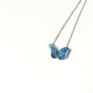 * Haku‧Neko * Flashing light blue pattern purple hand painted butterfly necklace