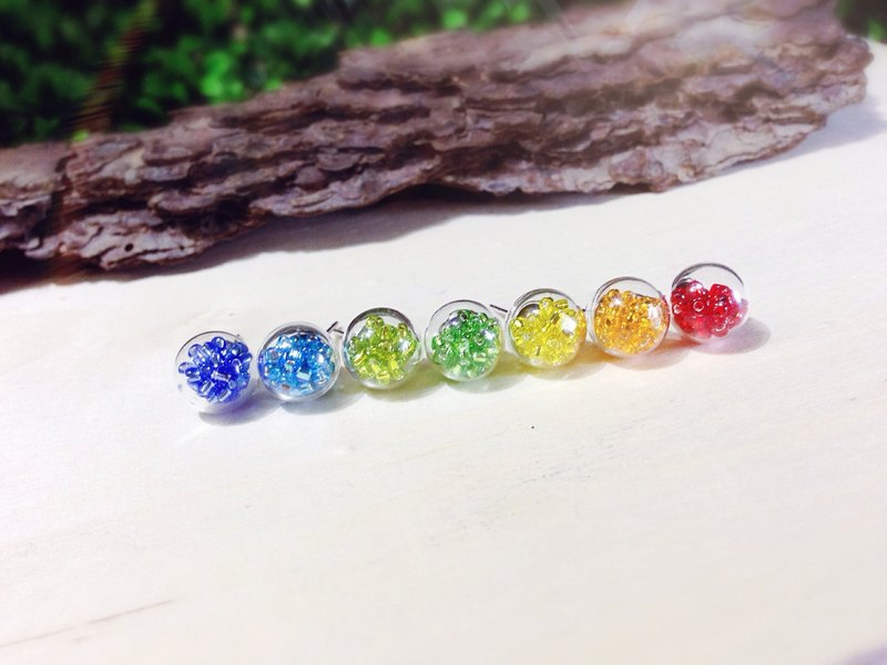 *Haku‧Neko*Rainbow glass ball earrings (set of seven) {optional stylus / cramping}