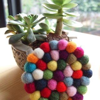 """Bleating House"" Nepal rainbow colored wool felt balls coaster (diameter 10CM)"