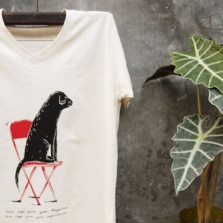 T shirt V neck cotton Labrador on red chair Text Good day give your happiness