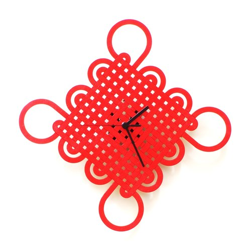 Eternity knot - wooden wall clock with traditional Chinese motives