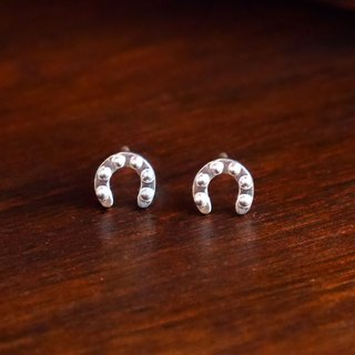 [Wild] Knight Rider series ─ guardian lucky horseshoe 925 sterling silver earrings