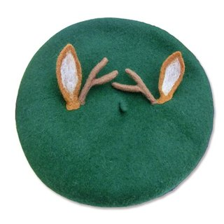 Christmas antlers green hat painter cap beret