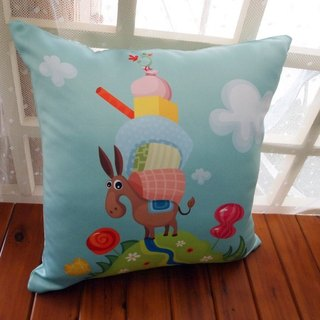 Donkey and friends to travel pillow