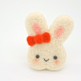 Wool felt small things - stay Meng rabbit brooch