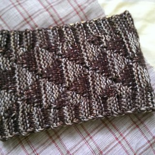Lan hand-made knit headband triangle weave (coffee and cotton yarn)