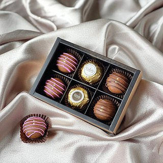 Sweet Fragrant Round Chocolate Soap Gift Box