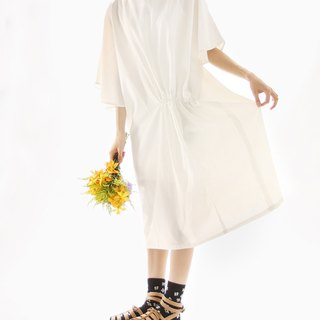 Songnai a special embossed flowers dress