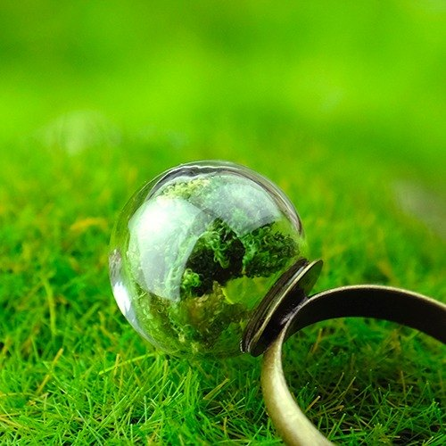 Green fresh seaweed glass ball ring ∞ green long natural wind worn in hand bronze / retro nostalgia / text green forest / natural
