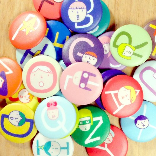3.2cm Alphabet Pin Back Buttons / 26 Styles (A-Z)