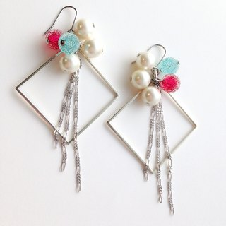 [Order production] earrings / Silver 950 SHIKAKU × freezing bonbon: Tricolor