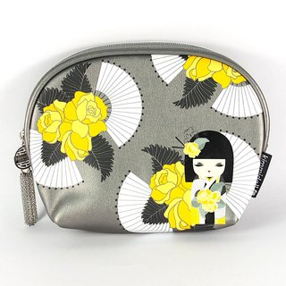 Cosmetic bag L-Naomi sincerely beautiful [Kimmidoll and blessing doll]