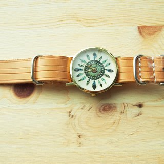 Handmade vegetable tanned leather strap with national wind feathers form the core