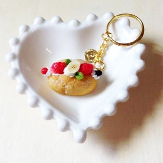 New listing ~~ ~~ mini lightning fruit puffs Charm (strawberry banana) ((over 500 were sent mysterious little gift))
