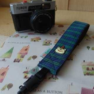 HiDots hand in hand cameras / Polaroid wrist strap (Green Plaid * frog)