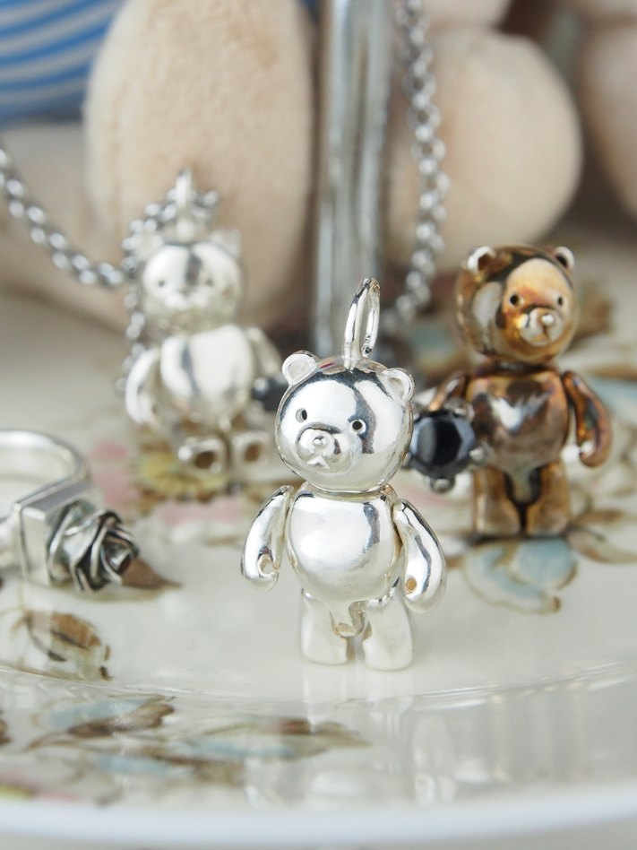Shabon Lee silver designer toy jewellery figure - Bear Alliance - Original Classic Bear . Exclusive 925 sterling silver action figure necklace pendant.