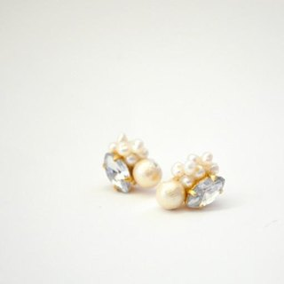 Cotton Pearl bijou pierced earrings