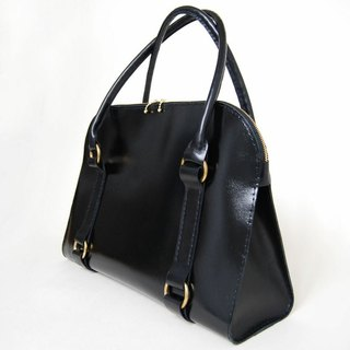 Semi-glossy black leather shoulder bag/case